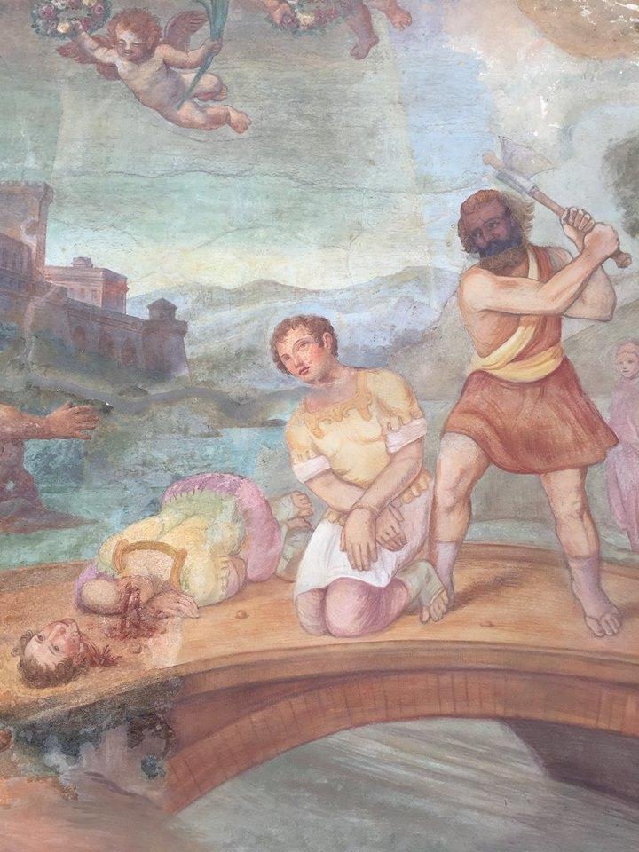 Affreschi della cappella votiva sorta sul luogo del martirio dei santi Nabore e Felice.