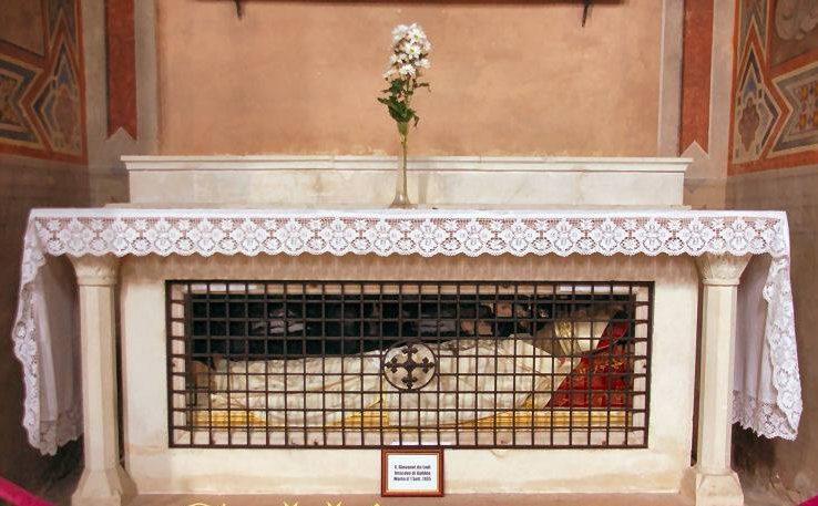 Corpo di San Giovanni Da Lodi Antica conservato in Duomo a Gubbio